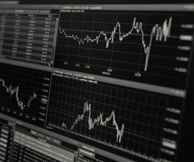 ¿Qué es mejor, un fondo de inversión o una cartera devalores?